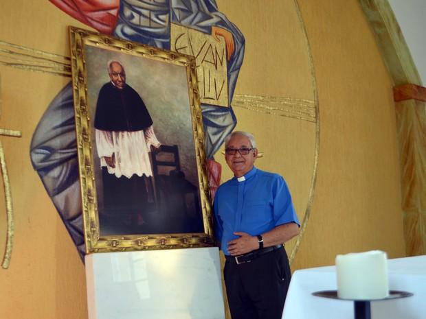 Dom Diamantino, bispo de Campanha: 'ele superou tudo com muita dignidade'. (Foto: Samantha Silva / G1)