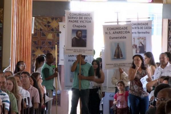 Missa da Novena com a participação das comunidades rurais