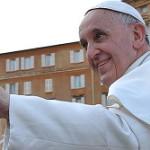 """""""Rezai por mim"""", pede Francisco ao completar um ano de pontificado"""