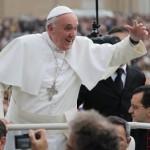 """""""Peçamos que Maria nos introduza na alegria pascal"""", disse o Papa"""
