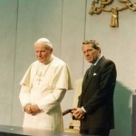 João Paulo II comunicava Deus, diz ex porta-voz do Vaticano