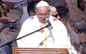 Paz não pode ser comprada, diz Papa em Missa na Jordânia