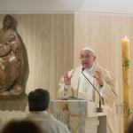 Papa pede que o cristão tenha coração fixo no Espírito Santo