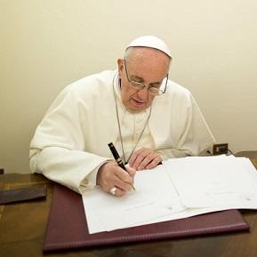 Papa divulga mensagem para o Dia Mundial das Missões 2014