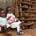 Perto de 385 milhões de crianças vivem na pobreza extrema, diz Unicef