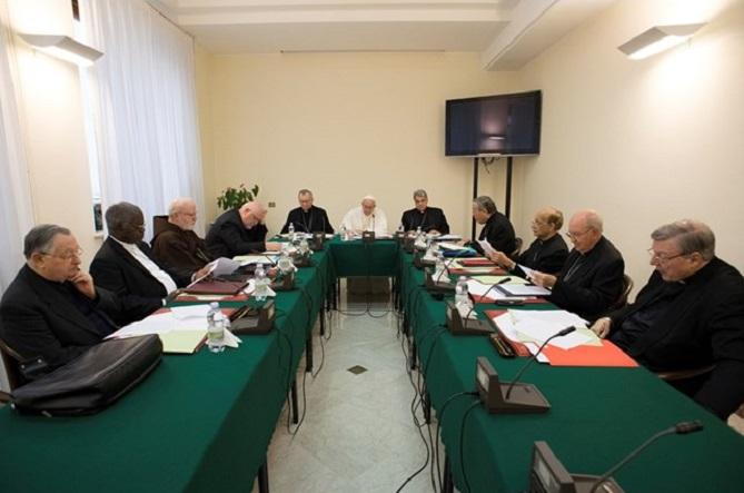 Papa com C9: prossegue reforma da Cúria