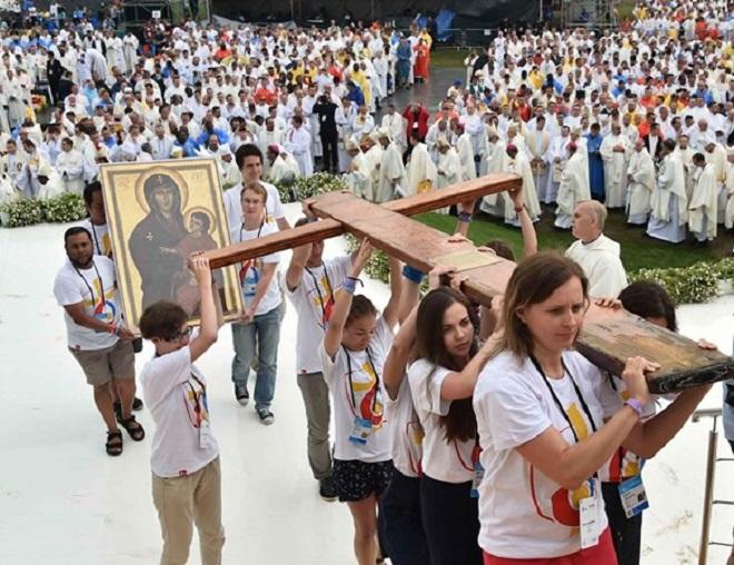 Cruz peregrina da JMJ será entregue aos jovens do Panamá no domingo