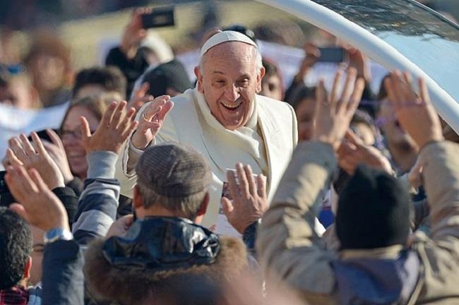 Em livro-entrevista, sociólogo francês traça perfil inédito do Papa