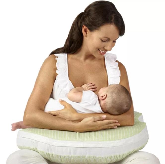 Açúcar presente no leite materno protege bebês contra infecções