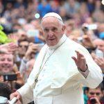 Papa convida jovens para reunião pré-sinodal