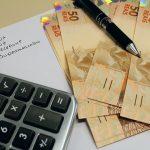 Economista dá dicas para organizar as finanças no fim de ano