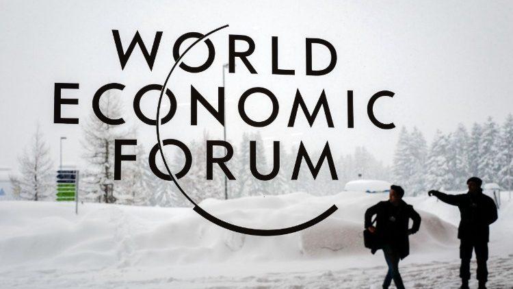 Papa ao Fórum de Davos: o homem no centro para uma economia inclusiva