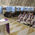 Papa: nada de propina, para rezar é preciso coragem e paciência