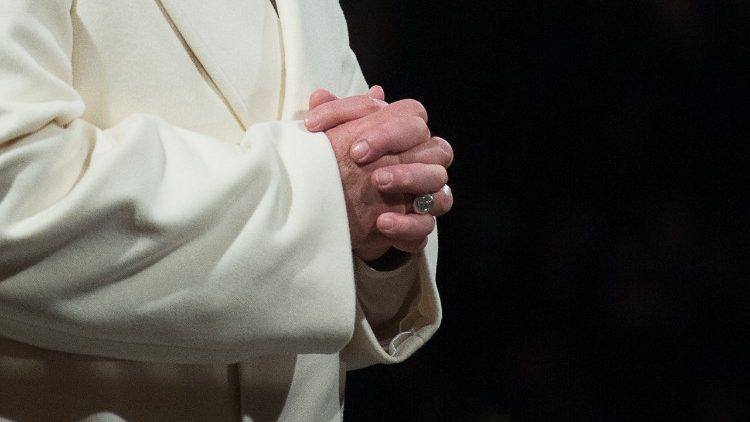 """Papa no Angelus: """"Entregar-se ao Senhor é viver na graça"""""""