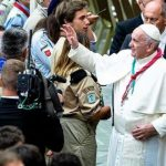 Papa Francisco propõe este santo aos jovens para não terem medo da voz de Jesus