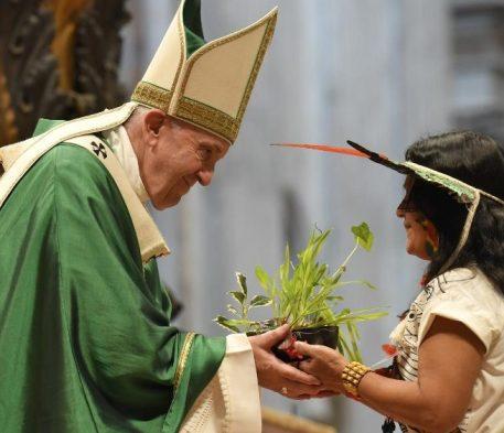 Papa: ouvir o grito dos pobres, grito de esperança da Igreja