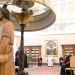 O Papa convida a rezar o Terço e pede a proteção de Santa Catarina de Sena