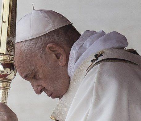 Papa Francisco em 2 de novembro no Campo Santo Teutônico