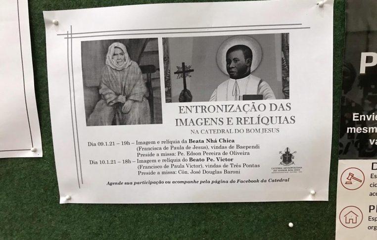 Catedral de Pouso Alegre/MG - Entronização das imagens e relíquias - 10/01 Beato Padre Victor